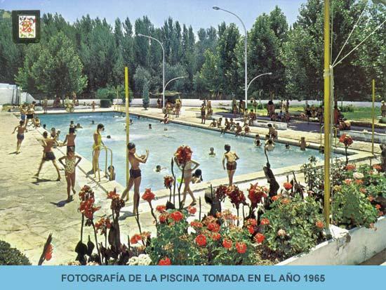 Hotel en priego de c rdoba piscinas del hotel r o piscina for Follando en la piscina del hotel